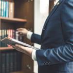 自己破産の弁護士費用が高い…それでも依頼する理由と支払い方法4つ